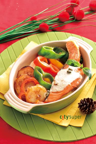 【歐洲聖誕饗宴】香煎鮭魚搭醃肉馬鈴薯溫沙拉