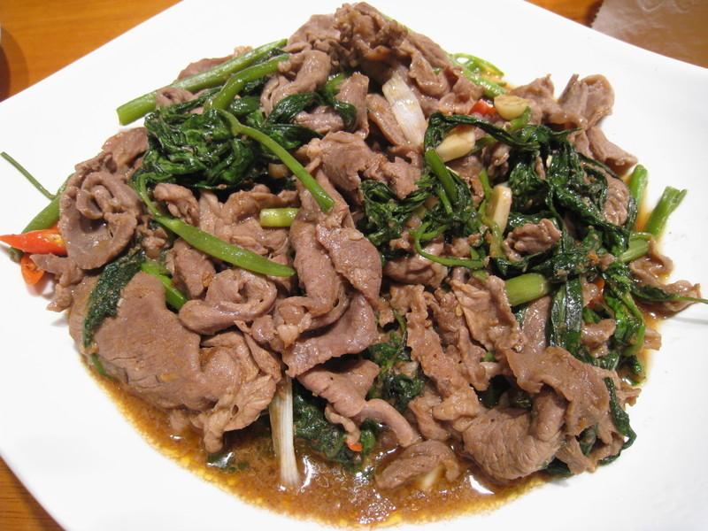 【粉豬兒】沙茶羊肉