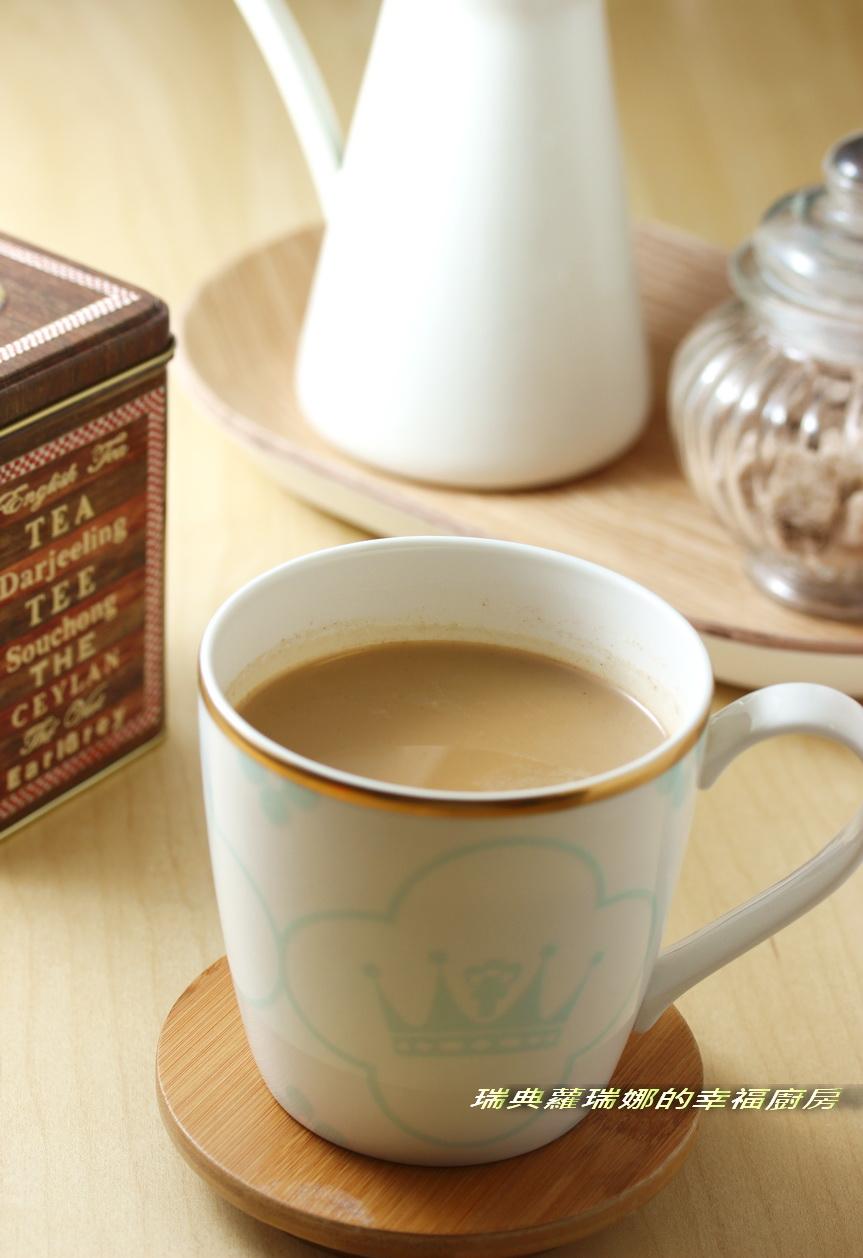 港式飲茶好滋味~鍋煮鴛鴦奶茶
