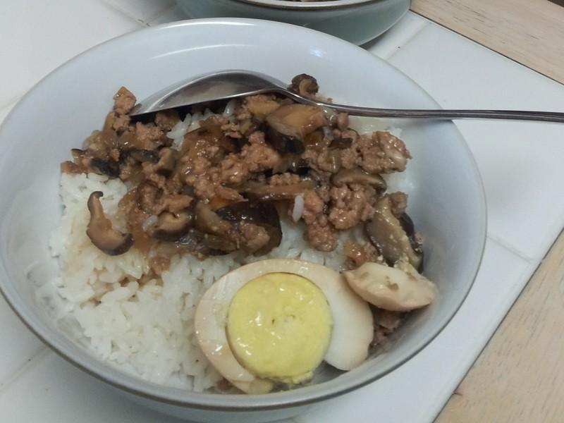電鍋食譜*臺灣滷肉飯與滷蛋