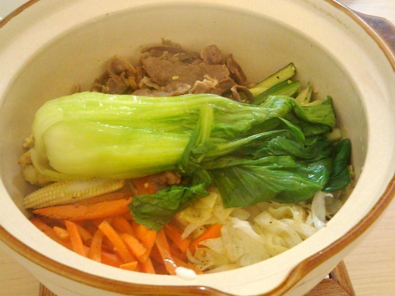 【阿努巴兜么】隔夜飯變身石鍋拌飯