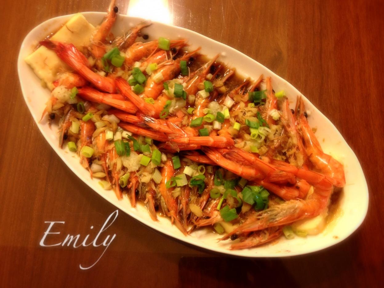 蒜蓉雞蛋豆腐蒸蝦