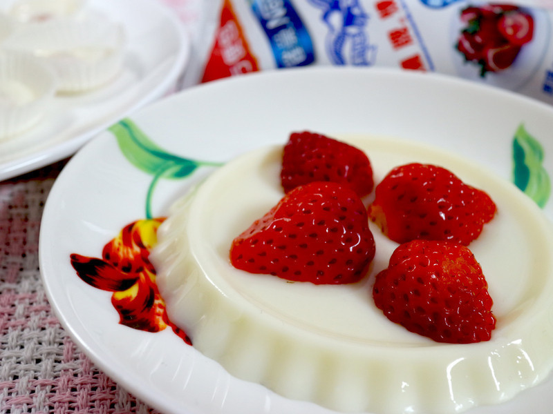 草莓奶酪DIY【草莓就愛鷹牌煉奶】