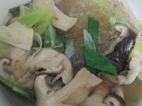 香菇冬粉湯