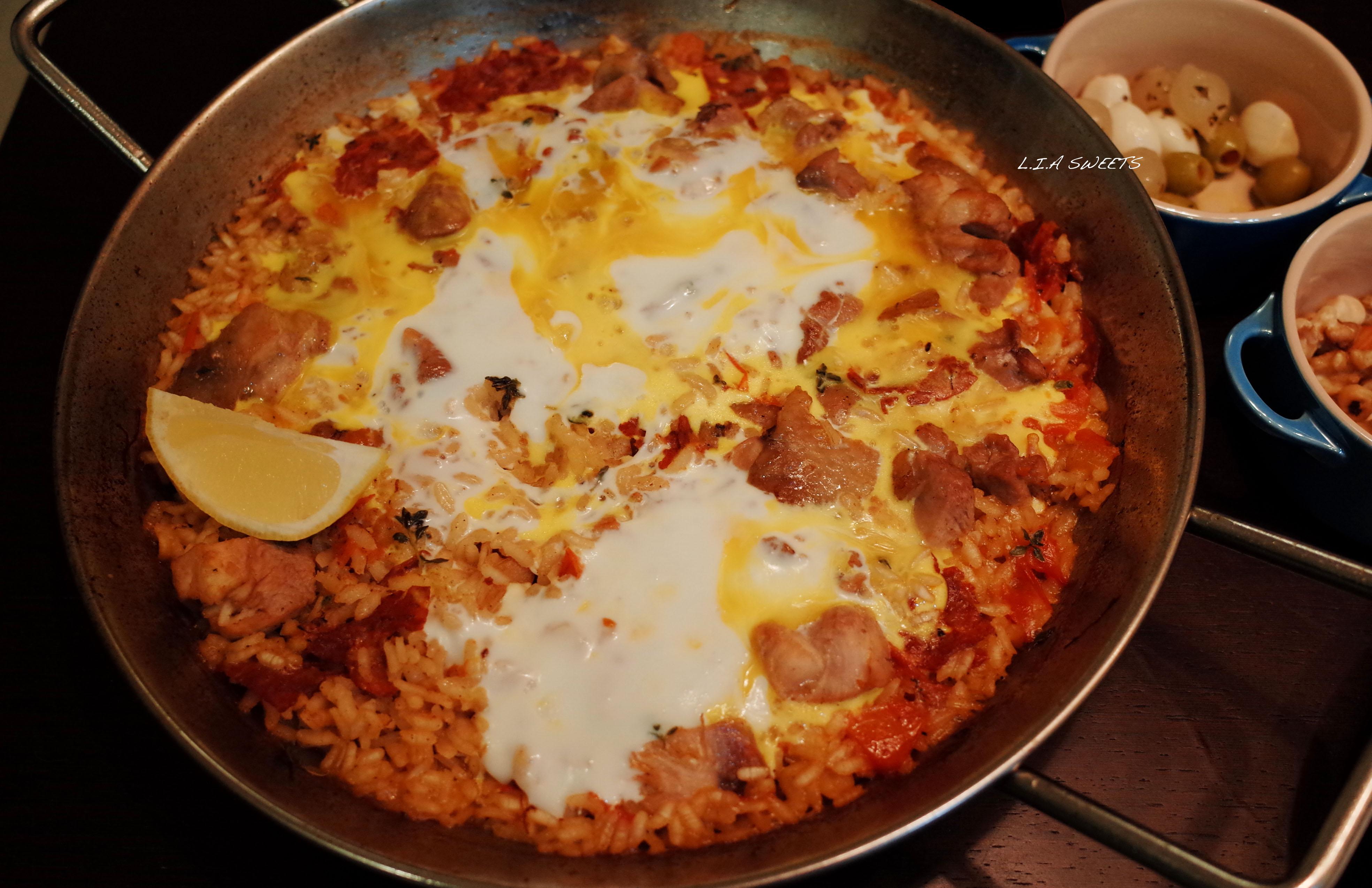 西班牙蛋包燉飯