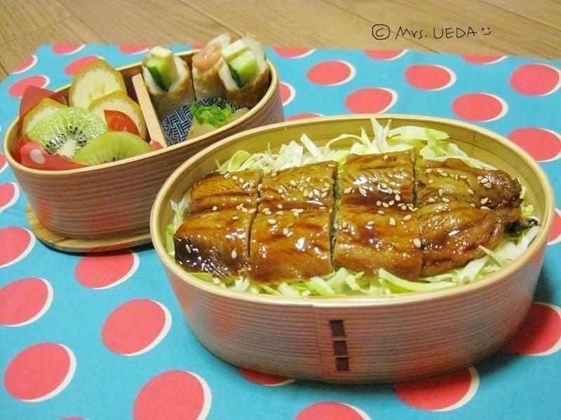 日式蒲燒秋刀魚便當(上田太太愛料理)