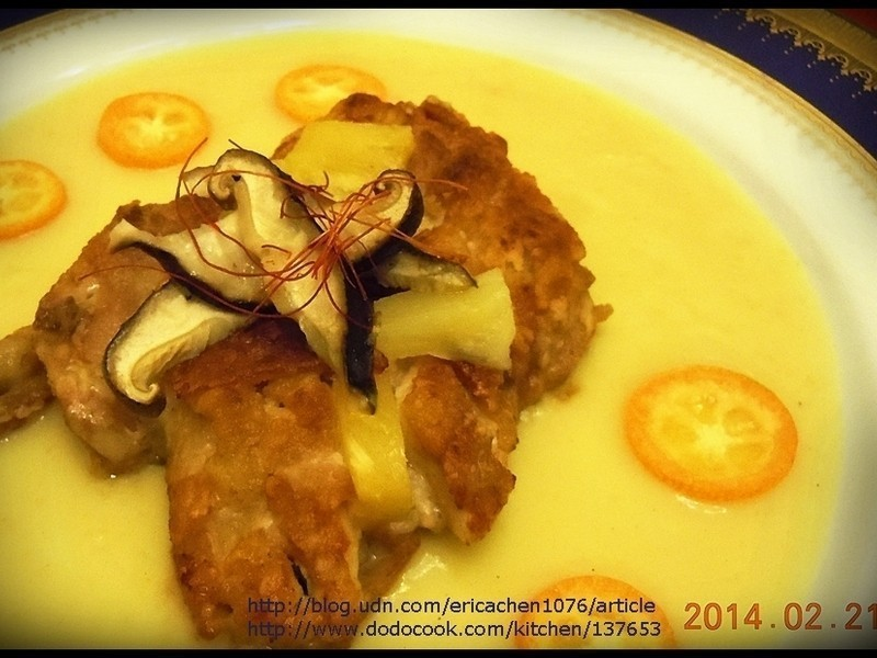 香烤雞腿左鳳梨奶油醬汁