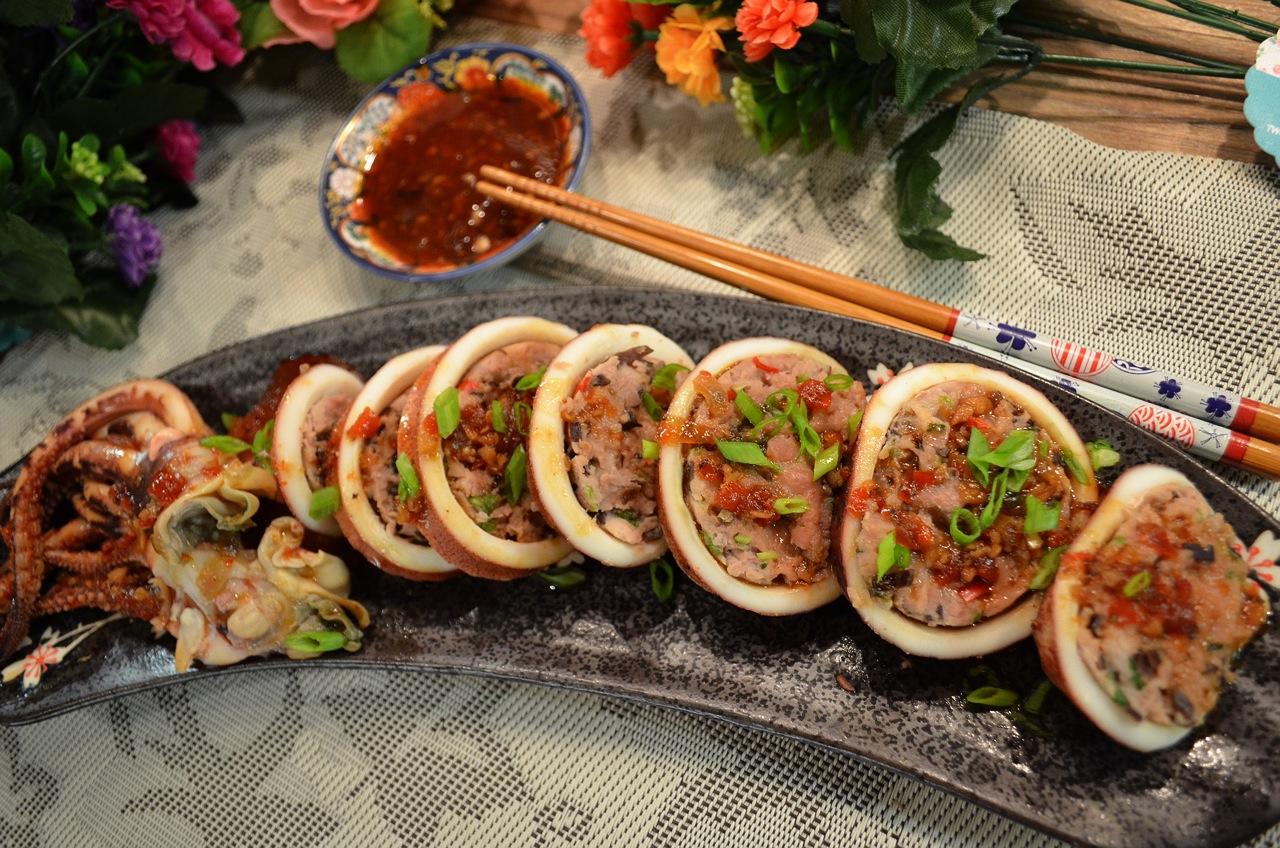 甜辣豬肉釀魷魚筒
