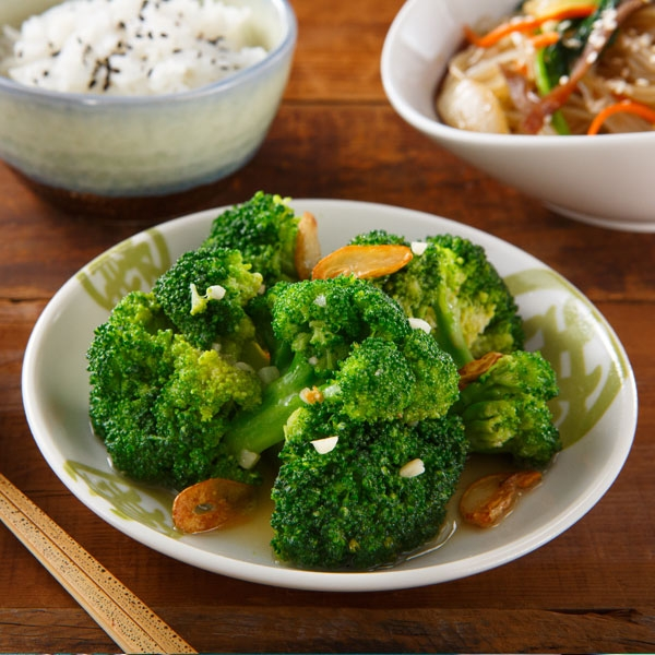 高鈣料理》蒜炒綠花椰菜
