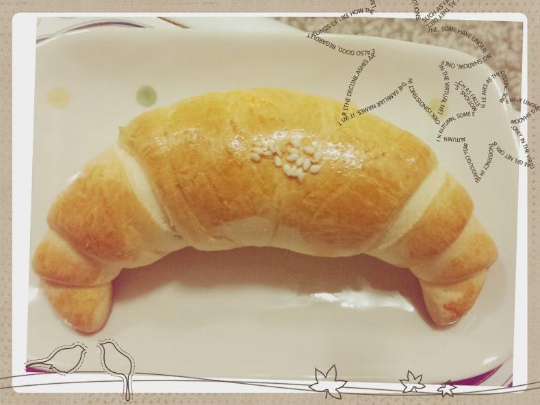 陽光金牛角麵包