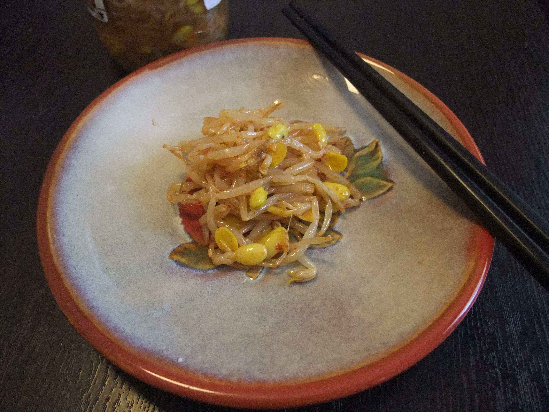 <快速料理-韓式涼拌黃豆芽>