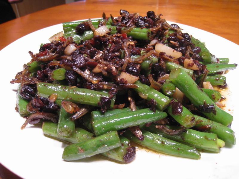 【粉豬兒】豆豉小魚四季豆