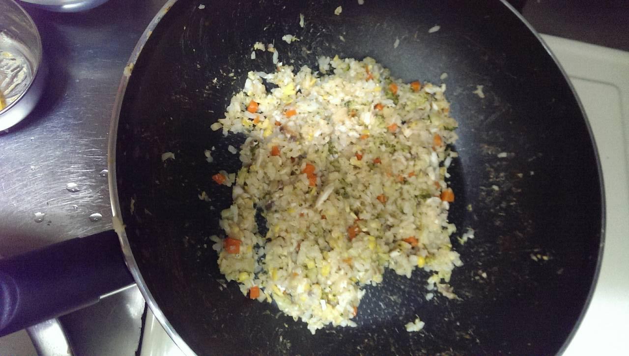 (1歲副食品)蔬菜魚魚炒飯