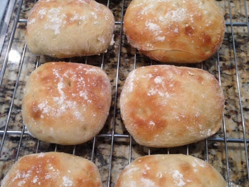 滑溜(拖鞋)麵包