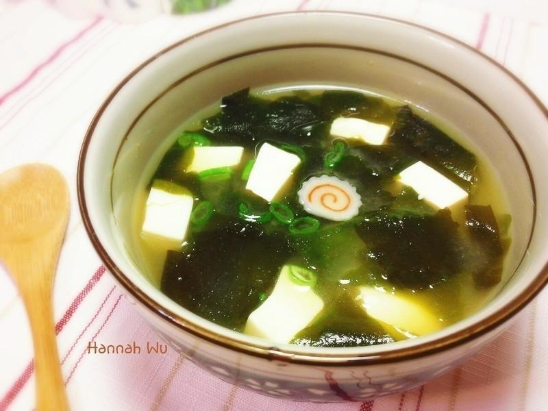 豆腐海帶芽味噌湯