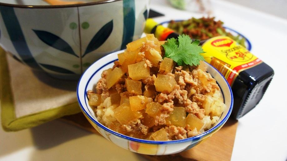 電鍋料理:冬瓜蒸肉「美極鮮味露」