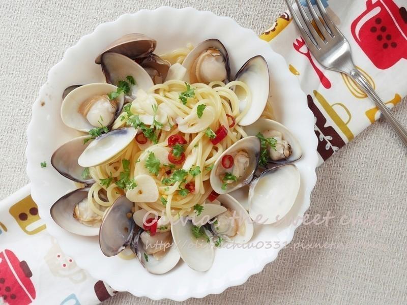 Olivia♥白酒蛤蜊義大利麵