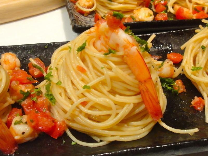 番茄鮮蝦義大利冷麵