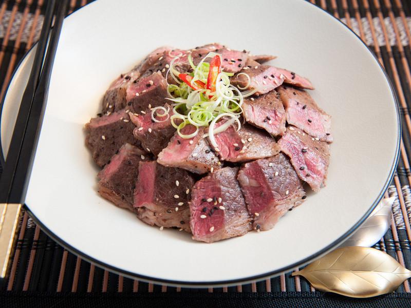 牛小排丼飯