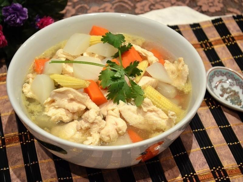 蘿蔔雞肉湯