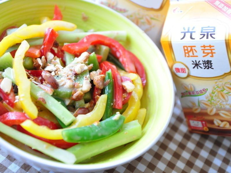 芝麻醬米漿拌鮮蔬【光泉加值型植物奶】