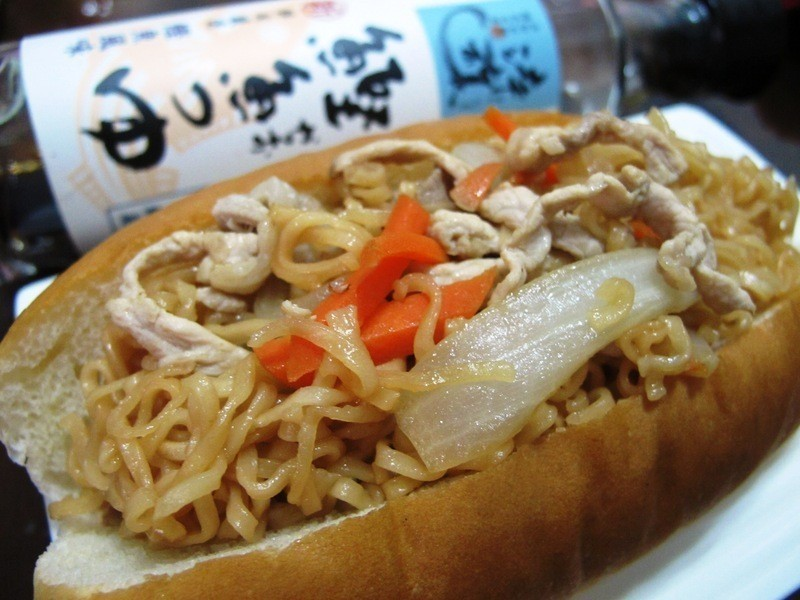 炒麵麵包『淬釀日式下午茶點』