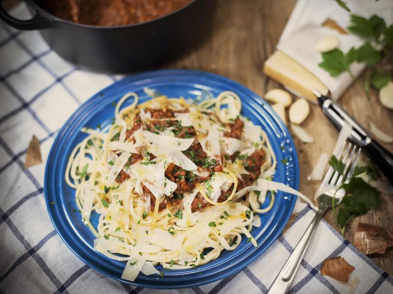 經典波隆尼亞肉醬寬麵