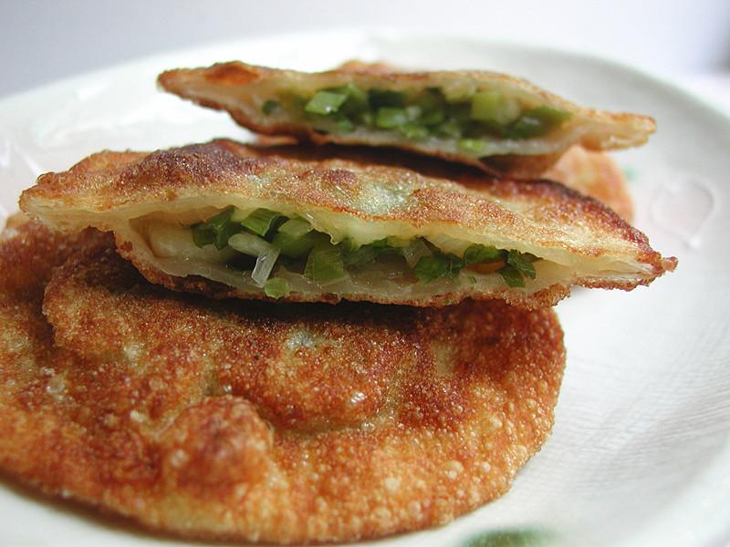 水餃皮變身蔥油餅