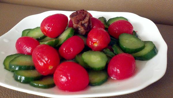 梅漬蕃茄小黃瓜