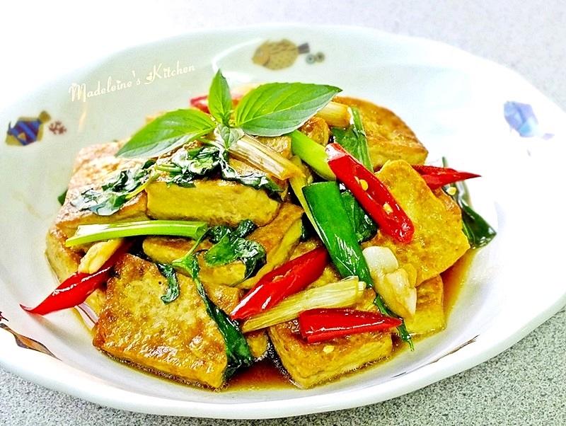 塔香紅燒豆腐