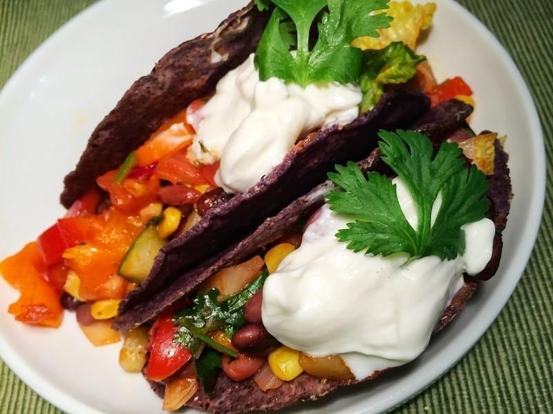 起司彩色豆子墨西哥捲餅