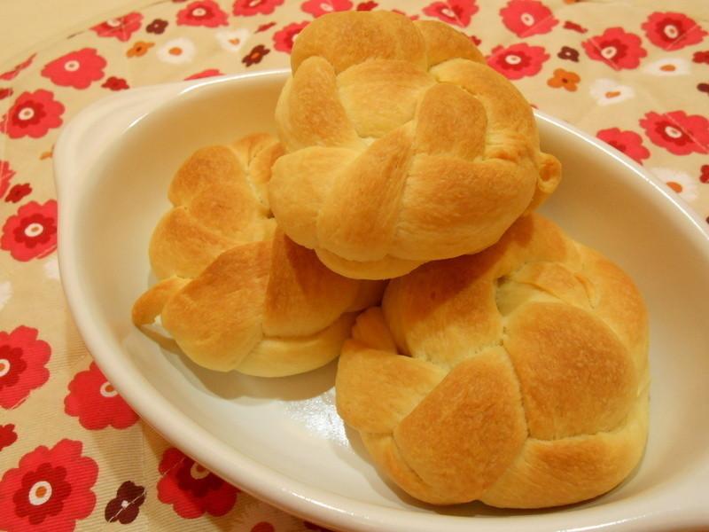 鮮奶油花麵包