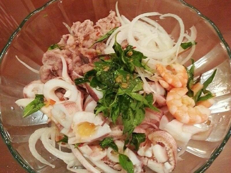 泰式涼拌海鮮洋蔥