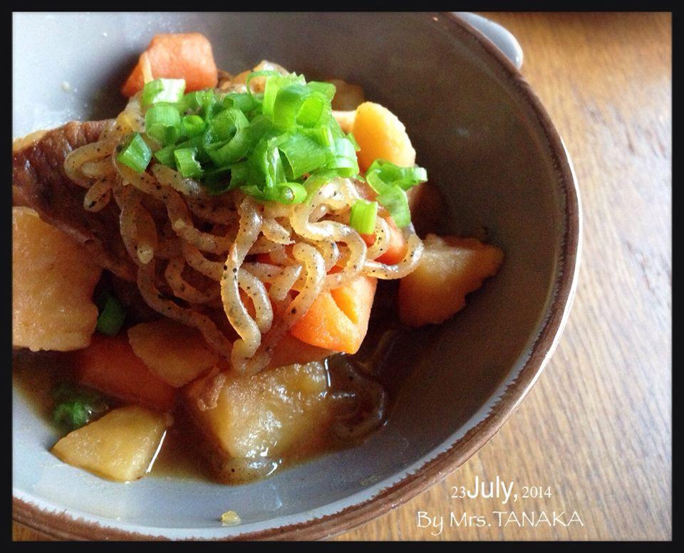 馬鈴薯燉肉(肉じゃが) .Mrs TNK