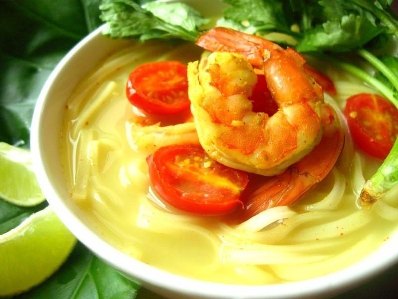 椰汁鮮蝦咖哩米麵