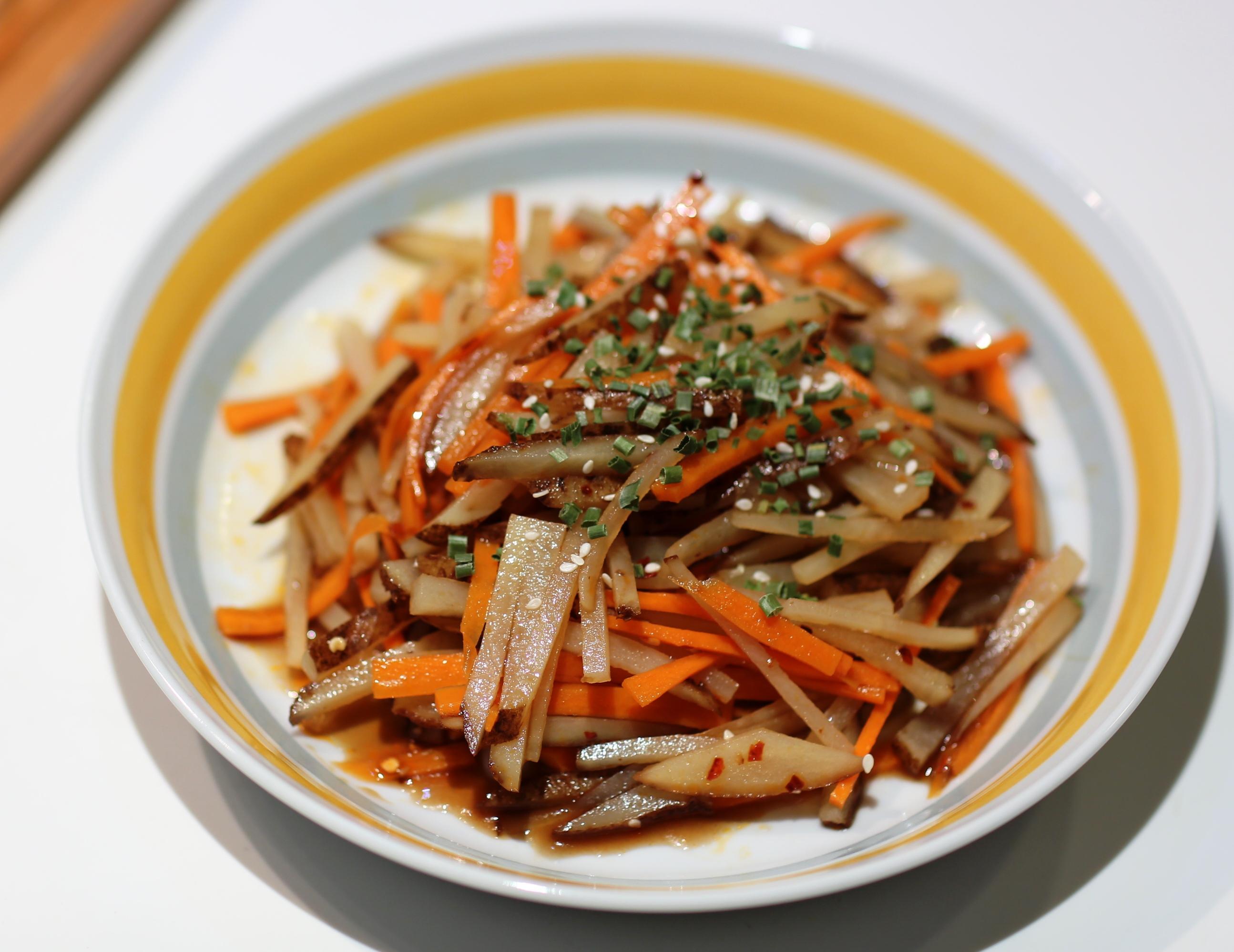 涼拌酸辣薯仔紅蘿蔔