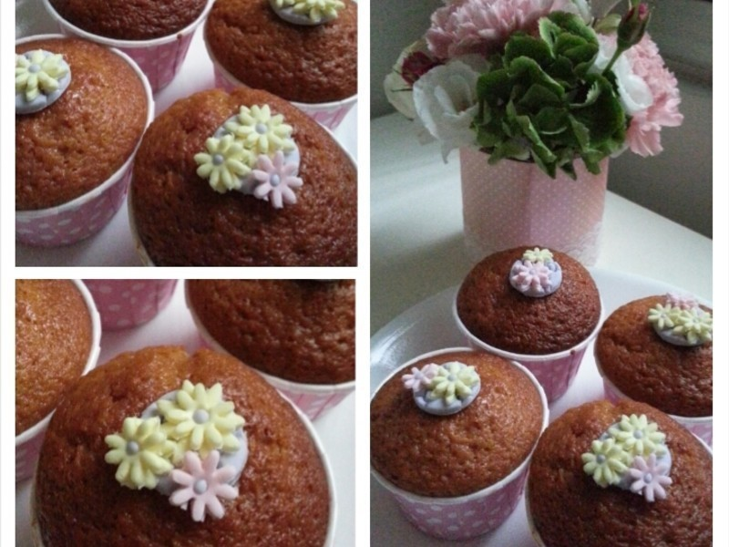 鬆餅粉做蜂蜜杯子蛋糕