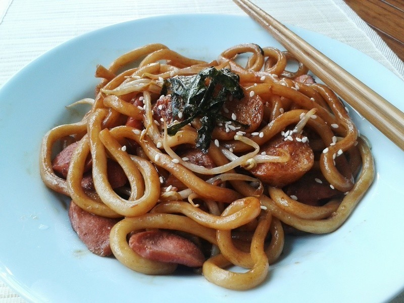 日式炒烏龍麵