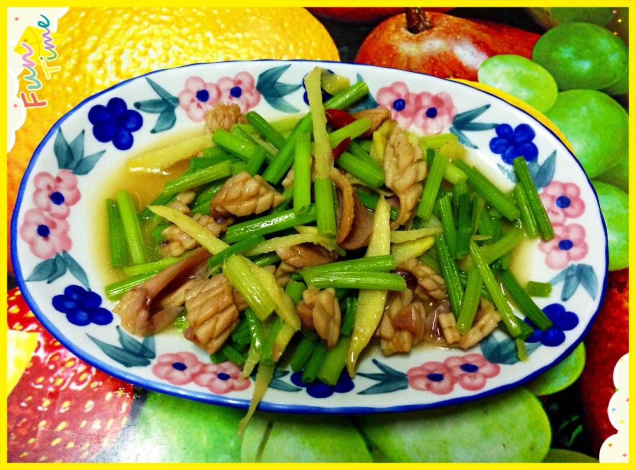 芹菜魷魚炒