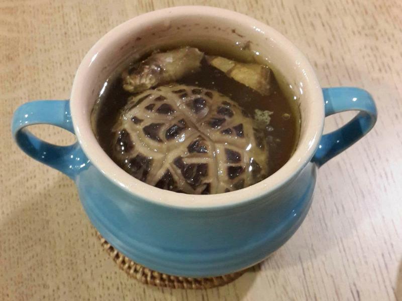 【蒸爐料理】 香菇雞湯