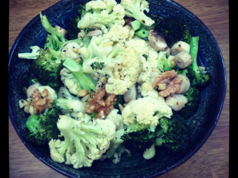 【蒸爐料理】 核桃佐杏鮑菇花椰菜