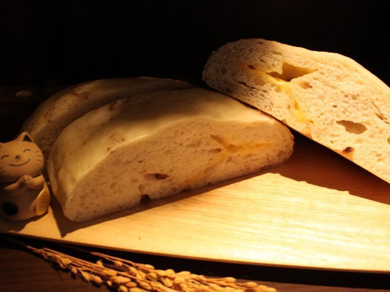 電子鍋做的鬆軟麵包【味蕾周記】