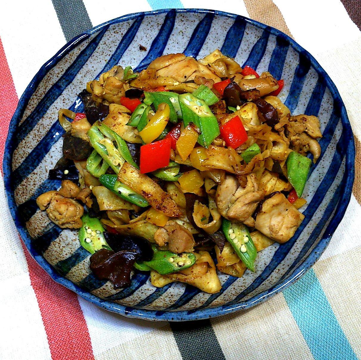 【桔香醬油】咖哩蔬菜雞肉炒餅