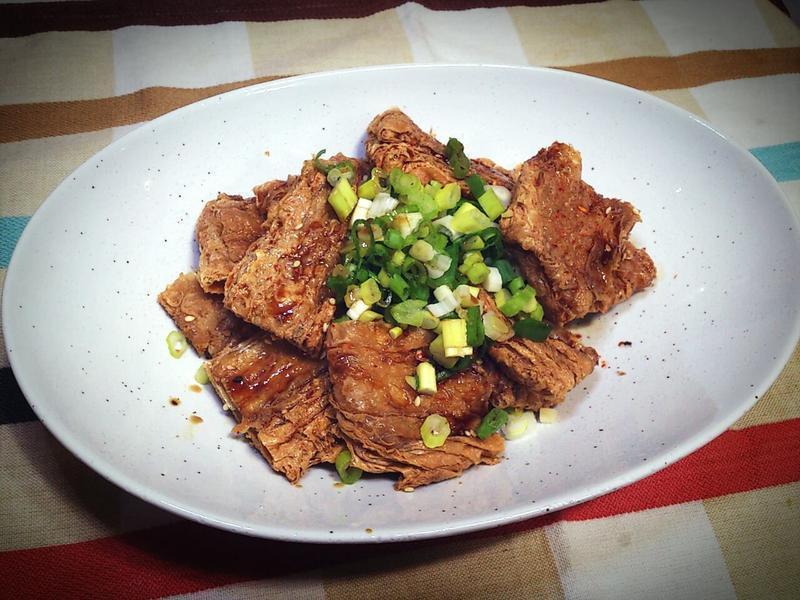 【桔香醬油】酥烤豆皮佐桔香醬油