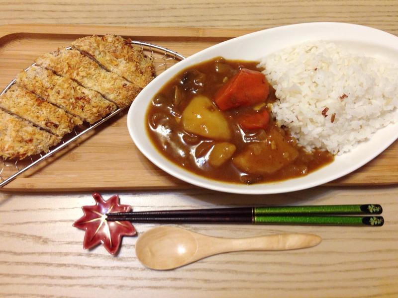 日式咖哩豬排。by克莉絲塔