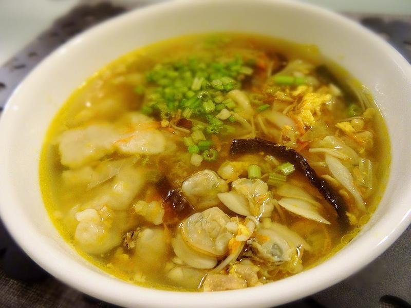 蛤蠣蔬菜麵疙瘩
