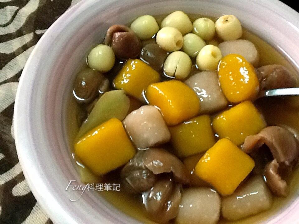 桂圓蓮子雙圓甜湯(自製南瓜圓&芋頭圓)