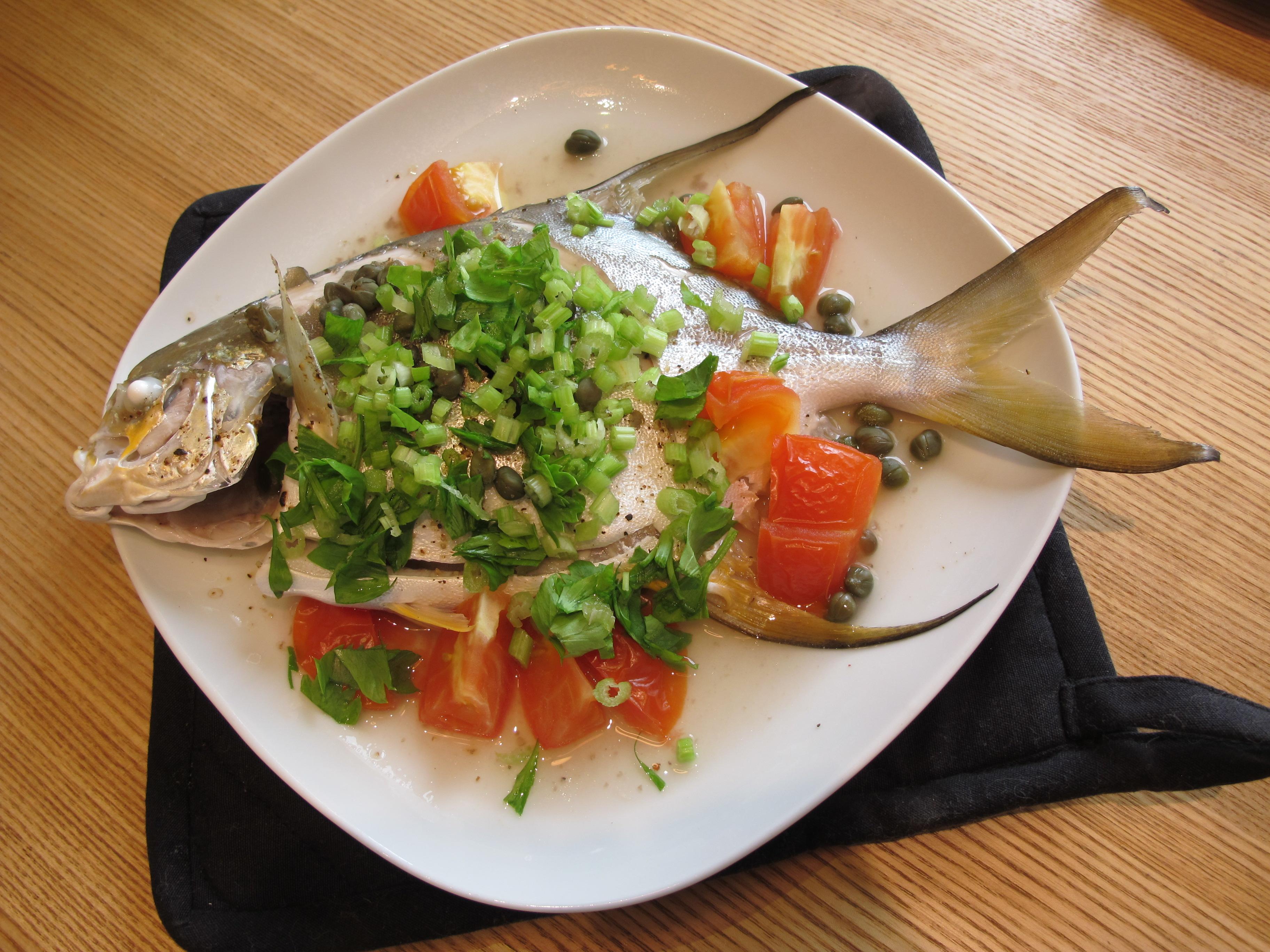 西班牙酸豆蒸魚。滋味鮮美輕鬆煮!