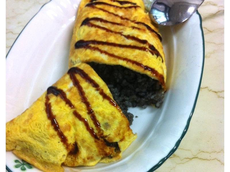 黑芝麻蛋包飯