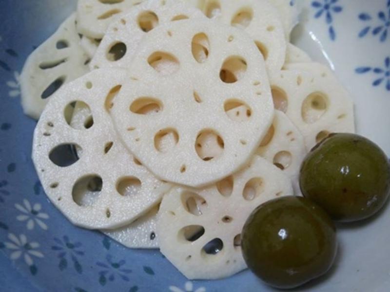 蓮藕三吃之一~涼拌梅香藕片